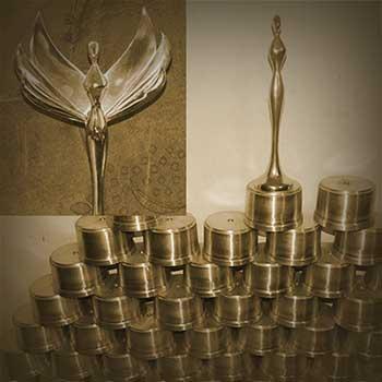 Producción artesanal del trofeo, versión 2014