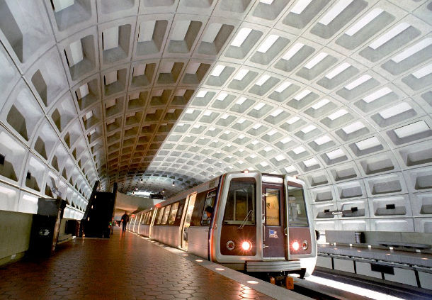 Acceso Directo al Metro de DC